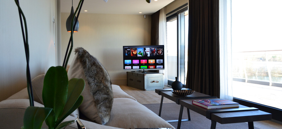 Luxury Lakes View TV Install