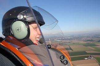 Frauenfliegen im Gyro