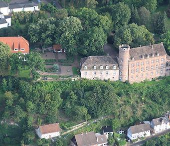 Burg Herstelle.JPG