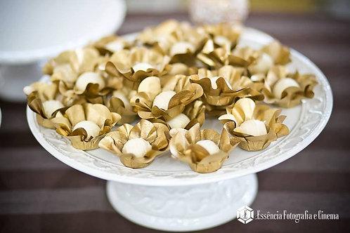 50 Forminhas Margaridas Douradas