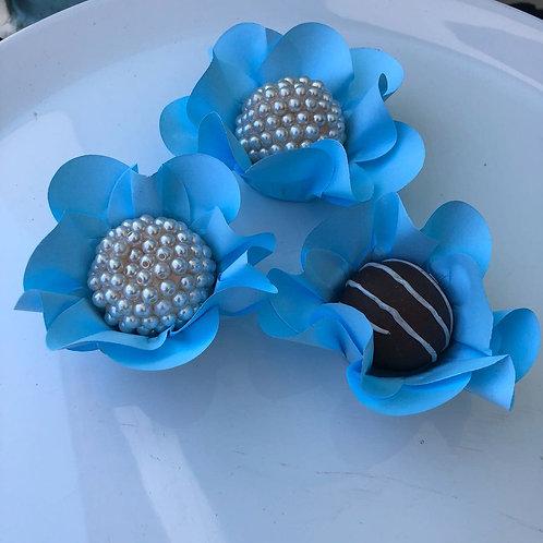 Forminhas Margaridas Azul Céu Cx 50 unid -  Truffle Wrappers Shipping Worldwide