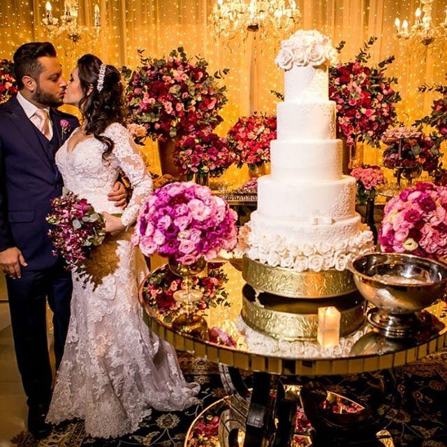 Handmade flowers for decorate wedding -