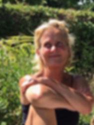Lise i haven2.jpg