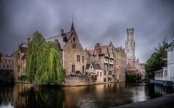 Brugge_Bruges_Belgium_Rozenhoedkaai.jpg