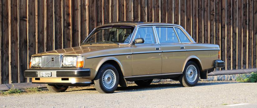 VOLVO 264 GLE - 1977