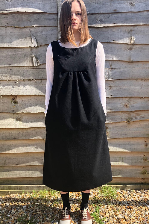 COTTON DRILL PINAFORE DRESS WITH FRONT GATHER - BLACK