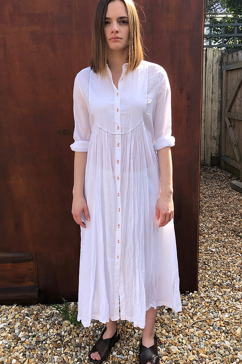 HAND STITCHED COAT DRESS IN COTTON MOUSSELINE - WHITE