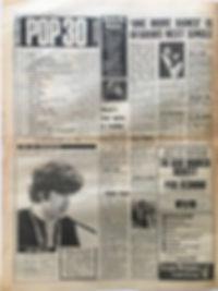 jimi hendrix newspaper/melody maker june 8 1968/top ten LPs : smash hits N°4