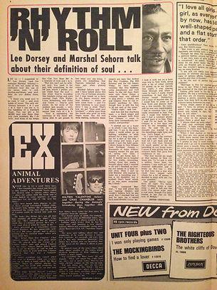 jimi hendrix newspaper/record mirror 29/10/66  1st article in england