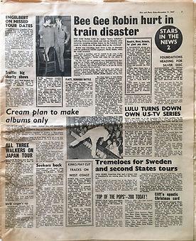 jimi hendrix collector newspaper/disc echo music/11/11/67 mammouth concert/hendrix , move, animals......