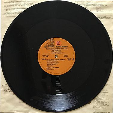 jimi hendrix maxi single vinyl/side 2/the little drummer boy/silent night/auld lang syne 1979