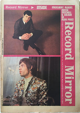 mitch is real/jimi hendrix collector newspapers/ record mirror 9/9/1967 the burning of the midnight lamp/are you experienced/lp N°5