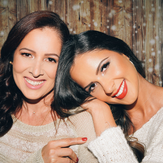 Holiday Mom and Daughter Makeup