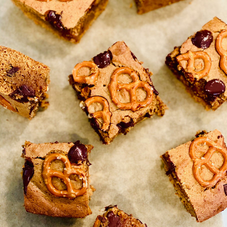 Sweet & Salty Cashew Butter Blondies
