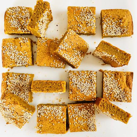 Golden Snacking Cake