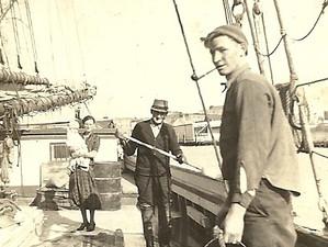 Bill, Ira, Lottie, Ann on Edwin &    Mau