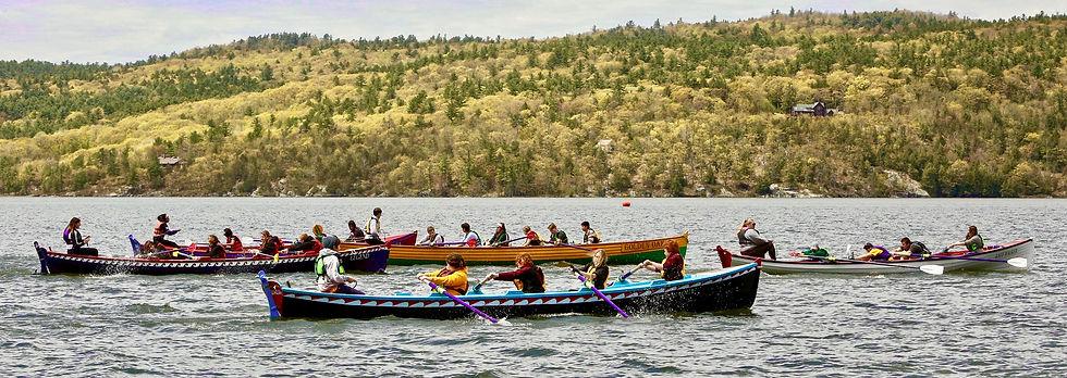 rowing teams racing