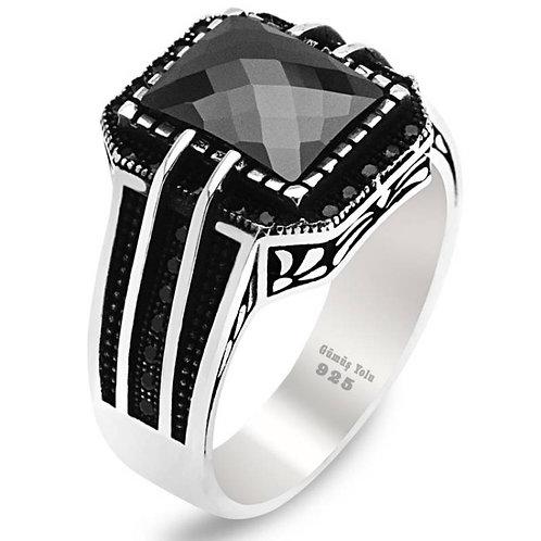 Onyx Cut 925 Carat Sterling Ring
