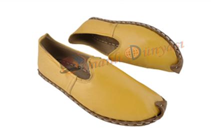 Yemeni Yellow Sandals
