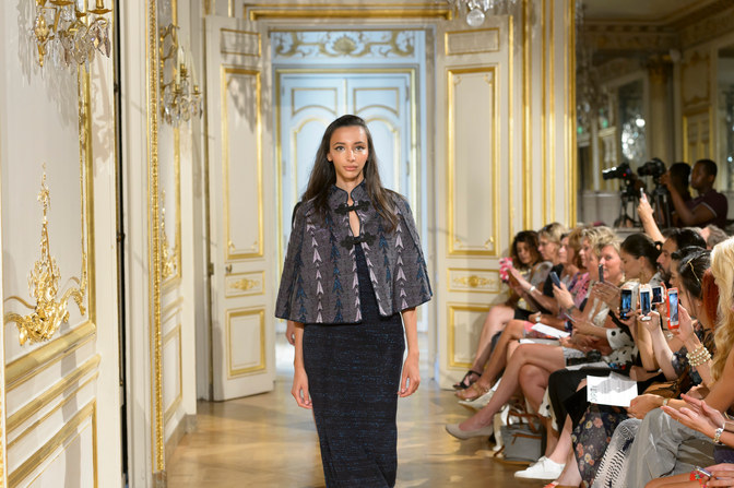 MARIA_ARISTIDOU_photos_defile___fashion_show__Serendipity__couture_collection_automne_hiver___fall_winter_2018_2019_PFW_-_©_Imaxtree_17.jpg