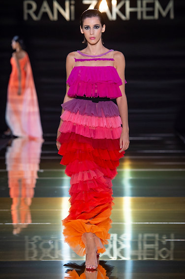 RANI_ZAKHEM_couture_collection_automne_hiver___fall_winter_2018-2019_PFW_-_©_Imaxtree_32.jpg