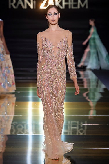 RANI_ZAKHEM_couture_collection_automne_hiver___fall_winter_2018-2019_PFW_-_©_Imaxtree_28.jpg