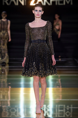 RANI_ZAKHEM_couture_collection_automne_hiver___fall_winter_2018-2019_PFW_-_©_Imaxtree_36.jpg