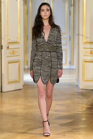 MARIA_ARISTIDOU_photos_defile___fashion_show__Serendipity__couture_collection_automne_hiver___fall_winter_2018_2019_PFW_-_©_Imaxtree_2.jpg