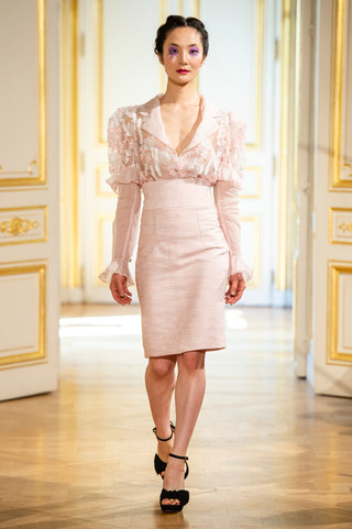 PATRICK_PHAM_photos_defile___fashion_show__4_saisons__couture_collection_automne_hiver___fall_winter_2018_2019_PFW_-_©_Imaxtree_10.jpg