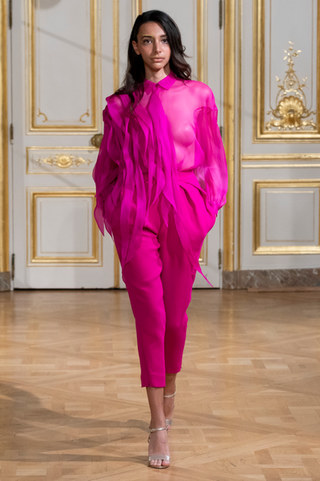 ARMINE_OHANYAN_photos_defile___fashion_show__Elements__couture_collection_automne_hiver___fall_winter_2018_2019_PFW_-_©_Imaxtree_10.jpg