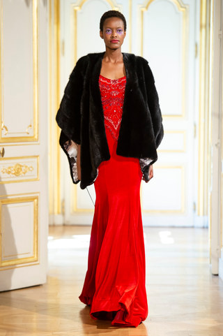 PATRICK_PHAM_photos_defile___fashion_show__4_saisons__couture_collection_automne_hiver___fall_winter_2018_2019_PFW_-_©_Imaxtree_28.jpg