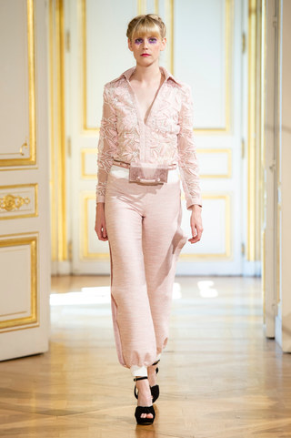 PATRICK_PHAM_photos_defile___fashion_show__4_saisons__couture_collection_automne_hiver___fall_winter_2018_2019_PFW_-_©_Imaxtree_22.jpg