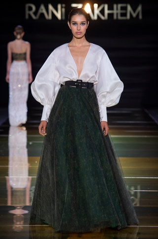RANI_ZAKHEM_couture_collection_automne_hiver___fall_winter_2018-2019_PFW_-_©_Imaxtree_24.jpg