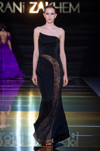 RANI_ZAKHEM_couture_collection_automne_hiver___fall_winter_2018-2019_PFW_-_©_Imaxtree_34.jpg