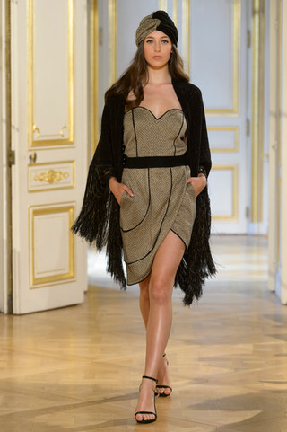 MARIA_ARISTIDOU_photos_defile___fashion_show__Serendipity__couture_collection_automne_hiver___fall_winter_2018_2019_PFW_-_©_Imaxtree_11.jpg