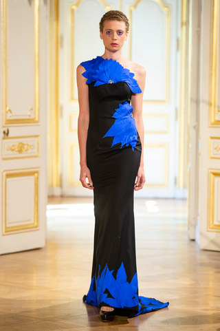 PATRICK_PHAM_photos_defile___fashion_show__4_saisons__couture_collection_automne_hiver___fall_winter_2018_2019_PFW_-_©_Imaxtree_17.jpg