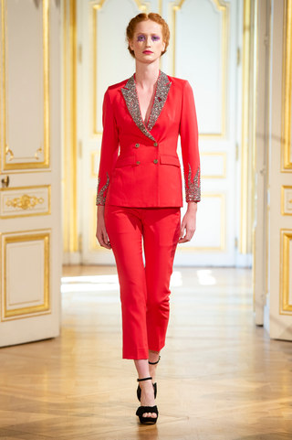 PATRICK_PHAM_photos_defile___fashion_show__4_saisons__couture_collection_automne_hiver___fall_winter_2018_2019_PFW_-_©_Imaxtree_6.jpg