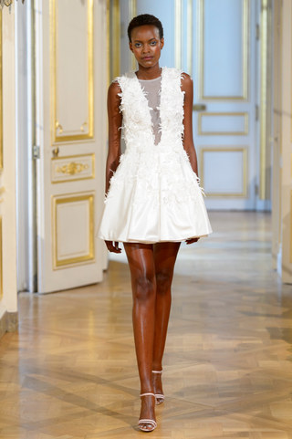 AZULANT_AKORA_Photos_defile___fashion_show_collection_couture__Avatar____automne_hiver___fall_winter_2018_2019_PFW_©_Imaxtree_5.jpg