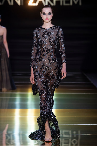 RANI_ZAKHEM_couture_collection_automne_hiver___fall_winter_2018-2019_PFW_-_©_Imaxtree_46.jpg