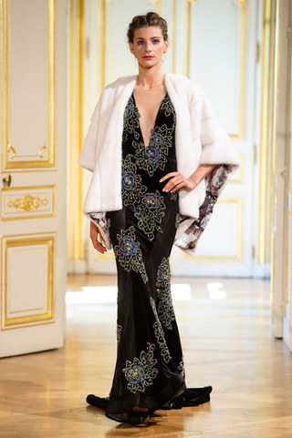 PATRICK_PHAM_photos_defile___fashion_show__4_saisons__couture_collection_automne_hiver___fall_winter_2018_2019_PFW_-_©_Imaxtree_29.jpg