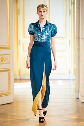 PATRICK_PHAM_photos_defile___fashion_show__4_saisons__couture_collection_automne_hiver___fall_winter_2018_2019_PFW_-_©_Imaxtree_3.jpg