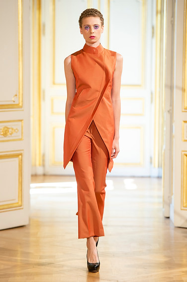PATRICK_PHAM_photos_defile___fashion_show__4_saisons__couture_collection_automne_hiver___fall_winter_2018_2019_PFW_-_©_Imaxtree_8.jpg