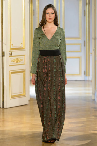 MARIA_ARISTIDOU_photos_defile___fashion_show__Serendipity__couture_collection_automne_hiver___fall_winter_2018_2019_PFW_-_©_Imaxtree_1.jpg