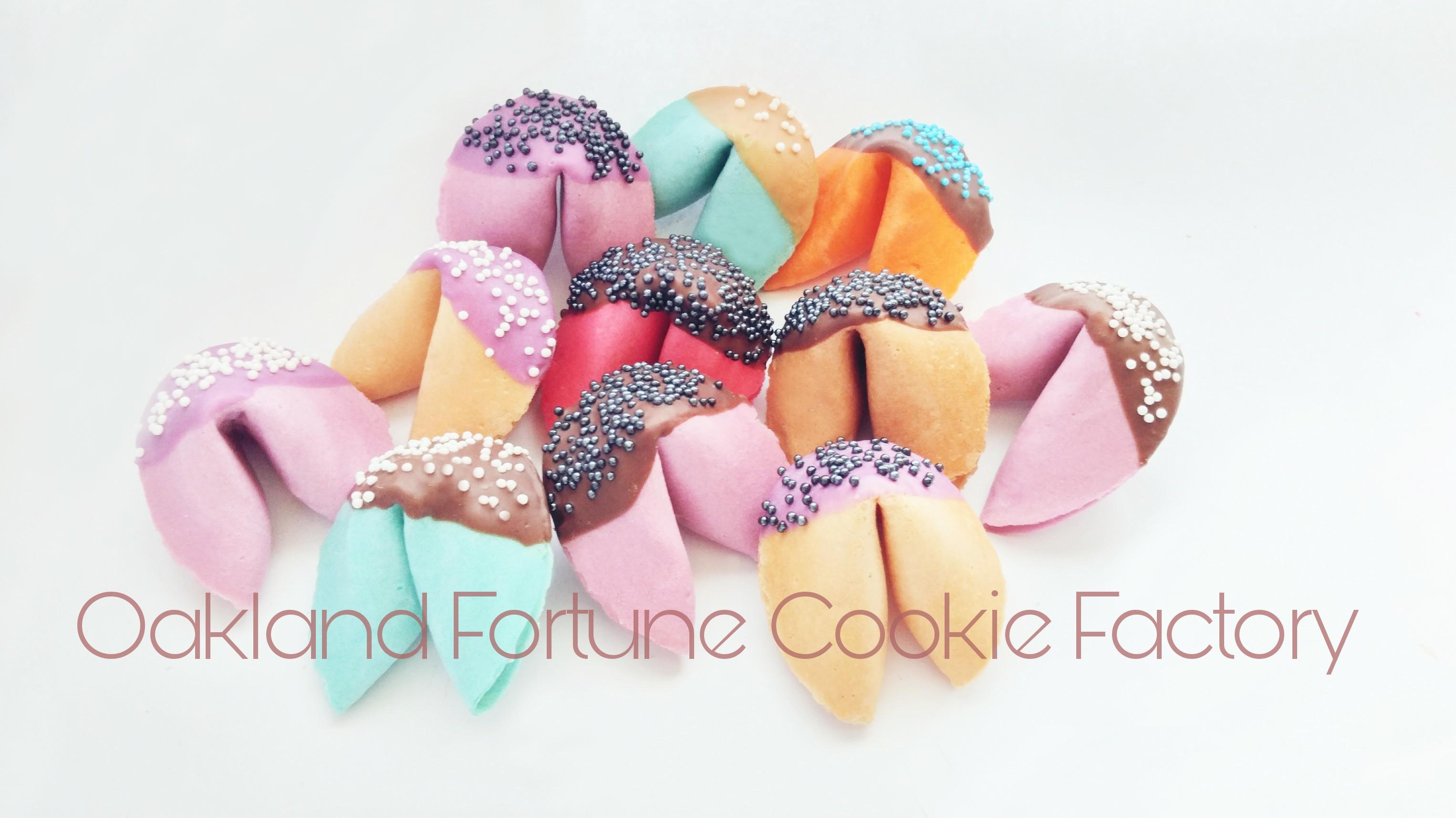 Custom Fortune Cookies | WE LOVE FORTUNE COOKIES