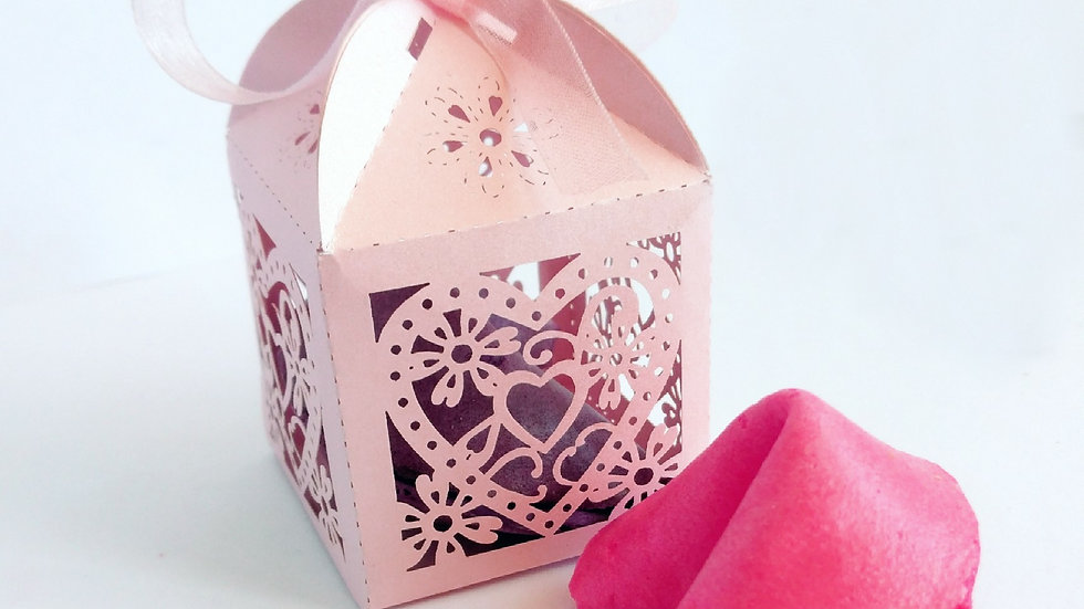 PEARL PINK GIFT BOX