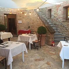 La terrazza esterna #agriturismo #wine #