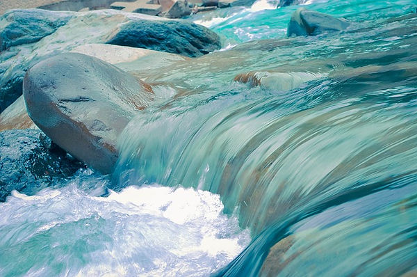 water-872016_640.jpg