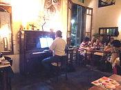 """Carlos Guido tocando en  Restaurant """"Pan y Teatro"""" 1"""