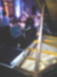 Interpretacion de Piano en evento en el Palacio Sans -Souci (San Fernando)