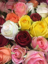 Te casas, y ¿no sabes que color de rosas utilizar?